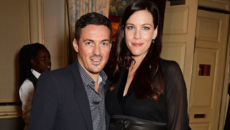 celebrity couples cancer and virgo