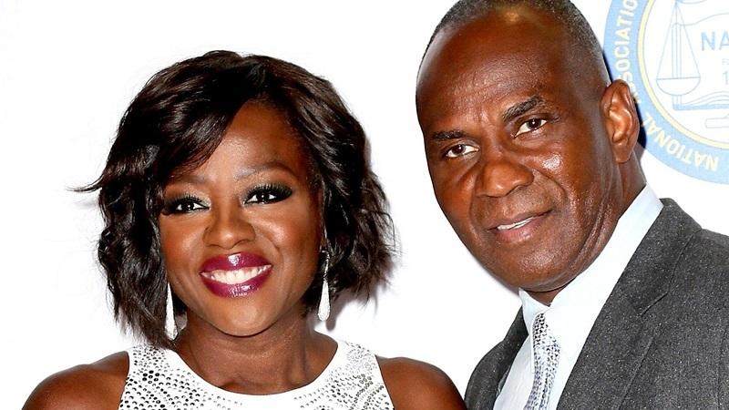 capricorn and leo celebrity couples