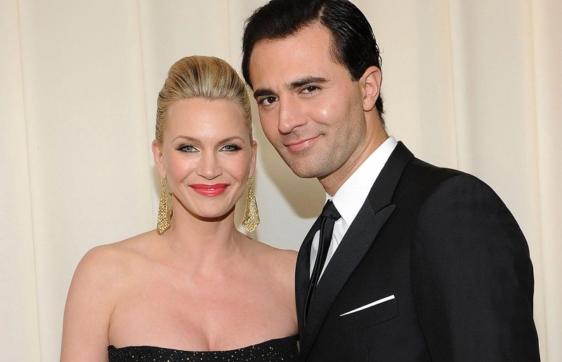 famous couples where both are Leo